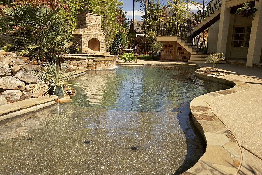 custom luxury pool